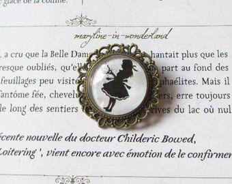 "Bronze round brooch Cabochon ""Alice"""