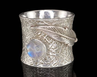 Moonstone & 925 Sterling Silver Ring with Feather Detail, Dress Ring, Gemstone Ring - US 6 (L 1/2)#B113