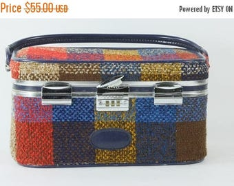 SUMMER SALE Vintage Travel Luggage Skyway 1970s Plaid Retro Vanity Traveling Train Case