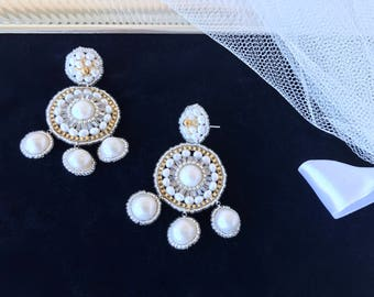 Bridal Pearl Earrings, Wedding Jewellery Freshwater Pearls and Gold Seed Beads Jewelry Wedding Gift Anniversary Design Earrings