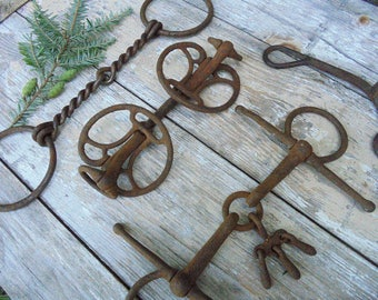 Lot of Six Vintage Horse Bits Equestrian Decor Mule Work Horse Bits Barn Farmhouse Decor,Metal Supply,Altered Art Supply,Mixed Media Supply