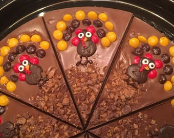THANKSGIVING CHOCOLATE TURKEY pizza with M&M's and Heath pieces