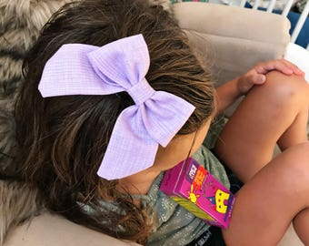 SALE- Textured Lilac  : retro bow on clip