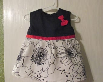 Beautiful dress for a girl, great for pictures, church, special occassions handmade by Mvious Dazigns