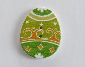 Wooden Easter egg button