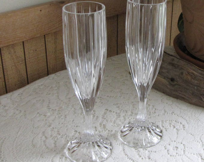 Mikasa Park Lane Crystal Champagne Flutes Set of Two (2) Ribbed Designed Vintage Crystal Barware
