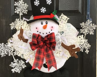 Snowman character wreath- Christmas deco mesh wreath- Holiday Wreath- Christmas front door wreath