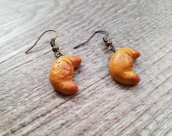 """Earrings """"P' little Crescent"""""""