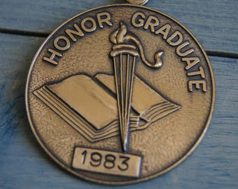 Vintage Honor Graduate 1983 Bronze School Award Medal Honor