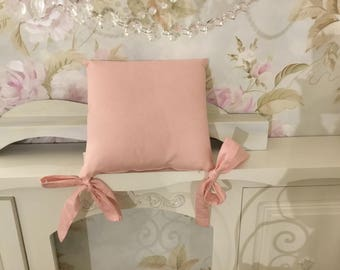 Pillow with pink bows
