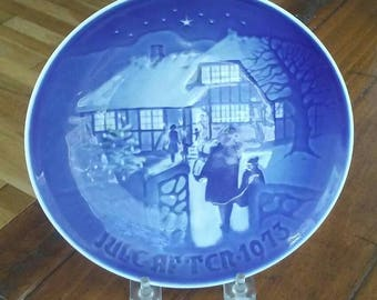 Blue Christmas Plate, Vintage Christmas, Collectible Plate, Copenhagen Porcelain, Bing Grondahl, Decorative Plate, Winter Scene, Snow Scene