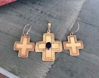 Southwestern Cross Set Pendant and Earrings Weight: 12g