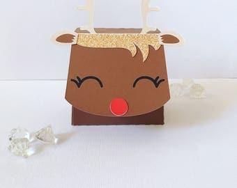 Sleepy reindeer treat boxes