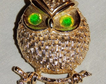 ON SALE: Cute Vintage Owl Brooch - Sarah Coventry, 1960s