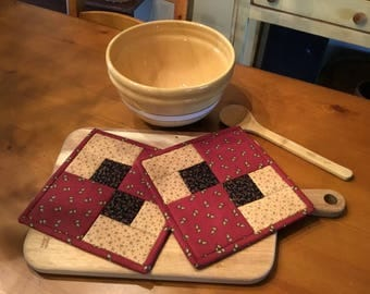 Kitchen Pot Holders / Quilted Pot Holders  / Country Decor / Handmade /  Item #2115