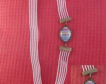 Ban018 - White Headband and cabochon with multicolored stripes