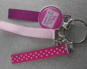 """Cle338 - Key pink """"One year nanny"""""""