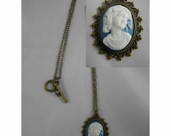 Col040 - Necklace / bronze necklace and cabochon cameo blue and white