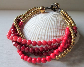 Pearl bracelet with shimmering Crystal beads and little bells * hippie boho Festival style * Beach look * bracelet statement * red gold