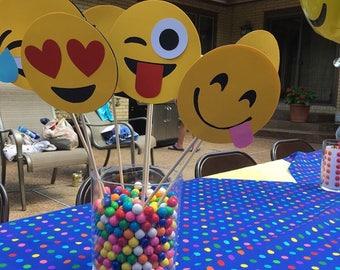 Emoji party decor, emoji party, emoji Centerpiece picks, emoji Centerpiece, emoji props, emoji photo booth props