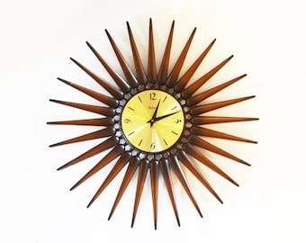 Mid Century Modern Syroco Resin and Brass Atomic Starburst Clock; Wall / Electric Clock - Vintage Battery Operated, works beautifully