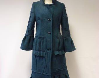 Winter sale. Fashion emerald felted coat, M size.