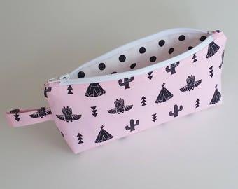 Make-up tasje met cactus print , wigwam en indianen print, Toilettas voor meisje, Etui, Opbergen lippenstift, Kerst kado idee vrouw, moeder