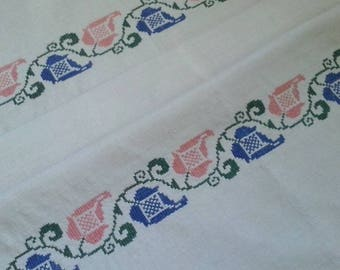 Antique Organic Hungarian Natural Linen Kitchen Bathroom Tea Towel Flower Hand embroidery