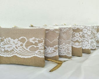 Set of 6 bridesmaid gift /Bridal wedding /burlap lace clutch/  bridesmaid Gift idea /wide lace design /burlap clutch