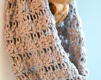 crochet infinity scarf in grey