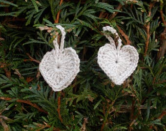 Heart made of cotton to hang your Christmas tree