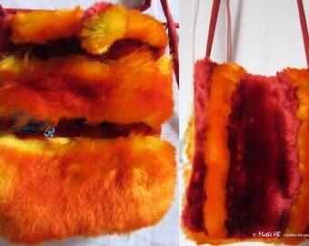 sac pochette à bandoulière, orange jaune rouge, fausse-fourrure collector, original soirée fête hiver, cadeau anniversaire et noël nouvel-an