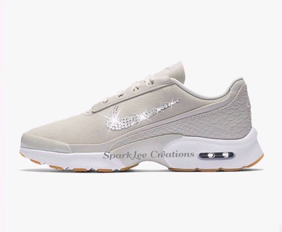 buy popular 0e935 1e3c8 Femme Nike Air Max Jewell Professional Standards Councils Councils Councils  d3a054