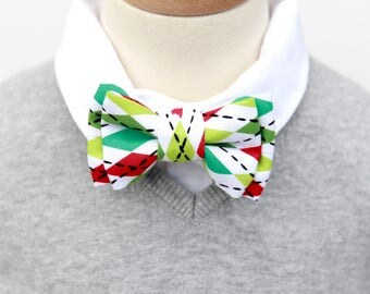 Holiday Bow Tie, Christmas BowTie, Bow Tie, Bow Ties, bowtie, bowties, Red Green Bowtie, Baby, Child, Adult Bow Tie
