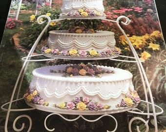 Vintage Wilton Wedding Bridal Cakes Book, 96 Beautiful Pages of Gorgeous Cake Examples with Instructions and Supply List