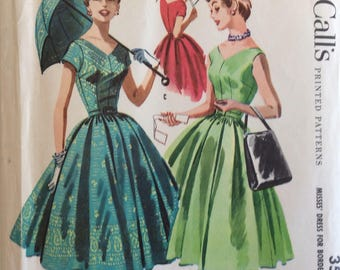 McCall's 3528 misses dress size 14 bust 32 vintage 1950's sewing pattern includes directions for covering parasol w/border fabric