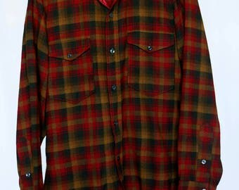 Vintage men's pendleton wool plaid shirt red black brown - excellent colors and condition sz 14.5 small/medium