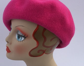 Woman's French Beret Wool 1930's Glamour Hot Pink