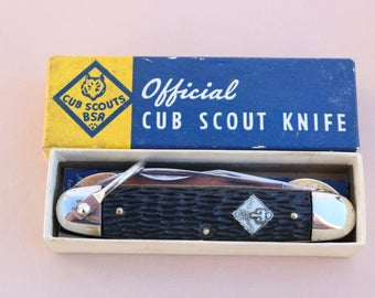 Vintage Imperial Cub Scout pocket knife in its Original box 3 blade knife with brass liner locks