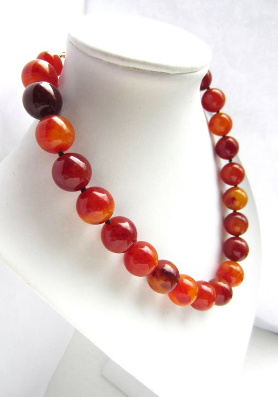 Kenneth Jay Lane signed Agate/Red Amber Bakelite tested Hand-Knotted bead Necklace ~rare, vintage costume jewelry