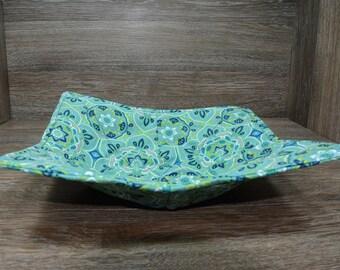 Microwave Cozy // Dinner Plate // Garden Grove