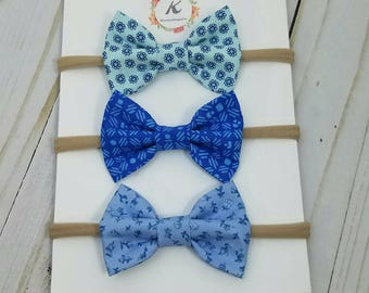 Shades of blue nylon headbands - baby girl headband - nylon headband set - hair bows - baby headband set - blue floral bow - blue bows - bow