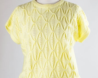 Vintage Shirt // Knitwear // Short Sleeve // Yellow //