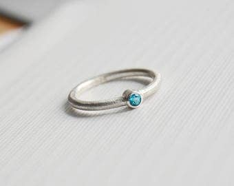 handmade: Eismatter ring 925 Silver with Topaz (ice blue)