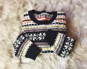 Nordic Winter Sweater / 70s 1970s Fair Isle Sweater Wool Knit Nordic Pullover Top Boho Womens Size M Multicolor Snowflake