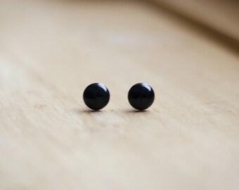 Minimalist black stud earrings, smalls studs, small earrings, black resin, hypoallergenic