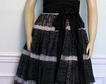 1950s Gown Emma Domb Chantilly Lace Black and White 1950s