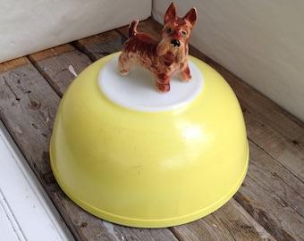 Pyrex Bowl Vintage Primary Pyrex Yellow Bowl Large Pyrex Nesting Bowl 404 Pyrex Mixing Bowl Pyrex Primary Color Pyrex Yellow Pyrex Bowl