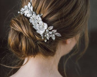 Wedding Hair Comb, Leaf hair comb, Silver Pearl Bridal Hairpiece, Bridal Hair Accessory, Flower Hair Piece, Wedding Headpiece, Bridal Comb.
