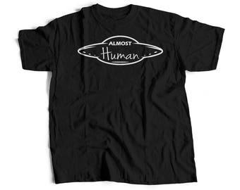 alien shirt / alien / alien tshirt / ufo shirt / alien tee / alien t shirt / space shirt / aliens / alien t-shirt / alien top / Tee T-Shirt